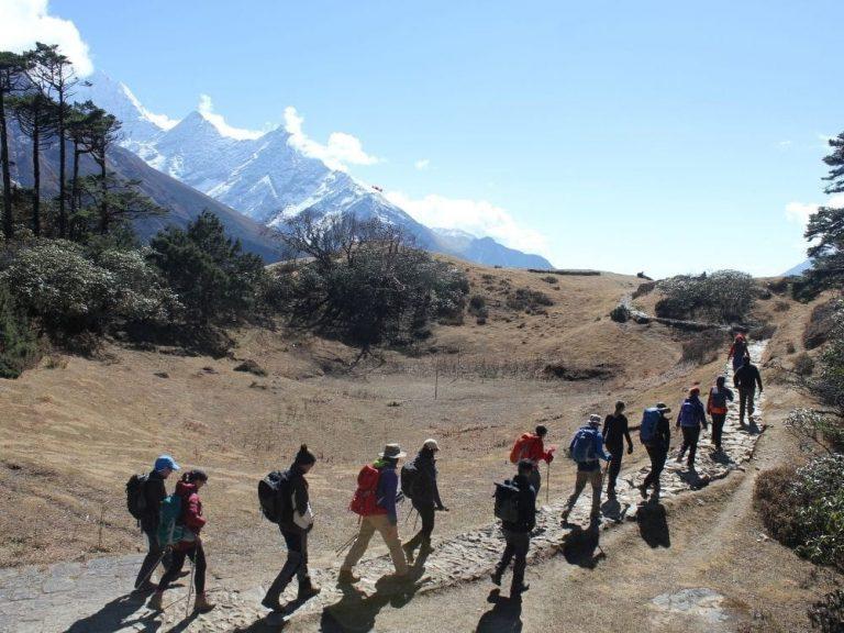 base-camp-trail